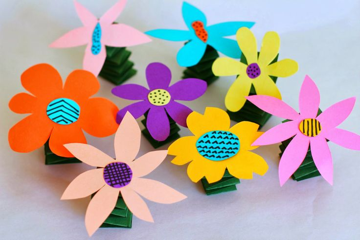 Salsa pie diy spring y flowers art activities for kids for Flower arts and crafts