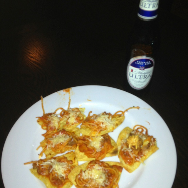 Spaghetti nachos! Sounds crazy but SOOO good! Ingredients: Tortilla ...