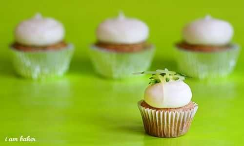 Zucchini Cupcakes and the BEST Cream Cheese Frosting | Recipe