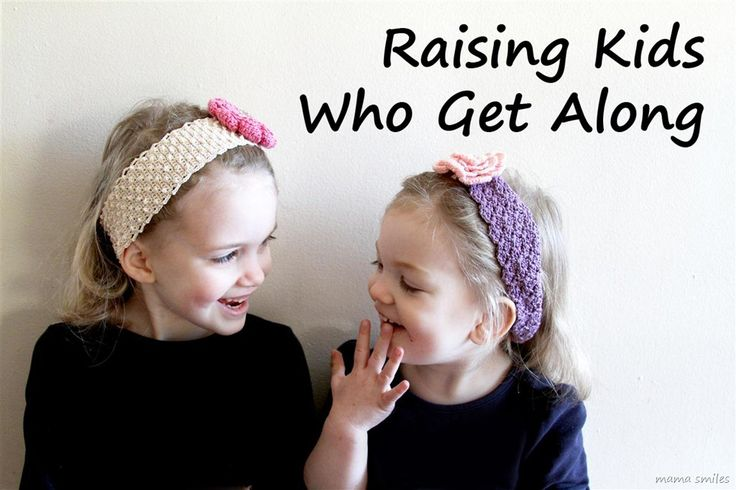 Tips for encouraging strong sibling relationships - some good reminders here!