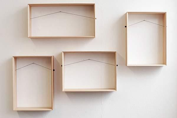 Creative wall decoration with picture frame and display for Creative wall shelf ideas