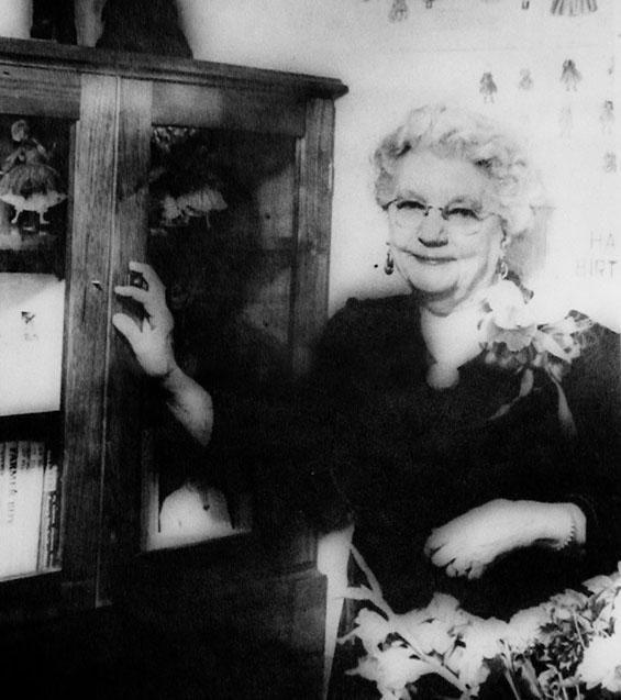 LAURA INGALLS WILDER Little House Book Series 1970s Blue Box Complete Set 9
