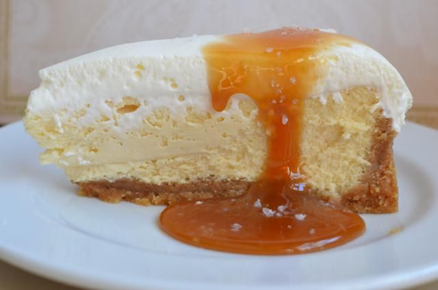 Salted Caramel Vanilla Cheesecake | C0NFECTi0N PERFECTi0N | Pinterest