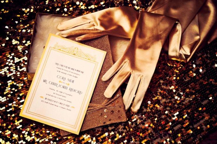 http://www.weddingomania.com/pictures/42-trendy-glittery-wedding-ideas-22.jpg