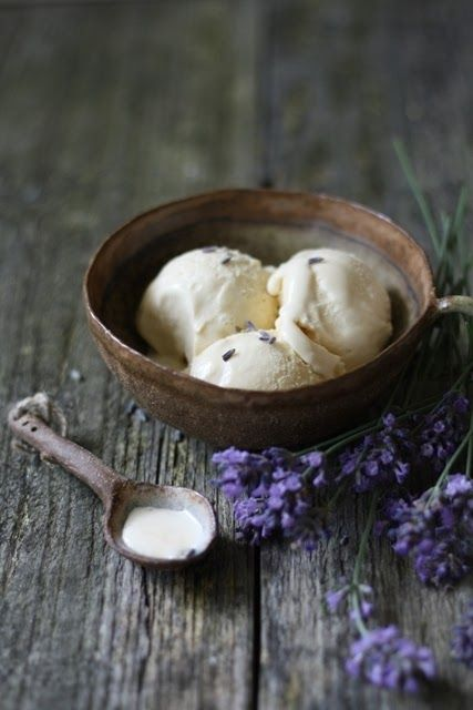 Lavender and Lavender Ice Cream With Honey --- And I only need 2 tsp ...