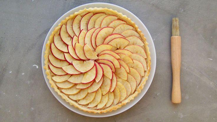 Caramel, Pecan & Apple Pie | eat, drink, be merry | Pinterest