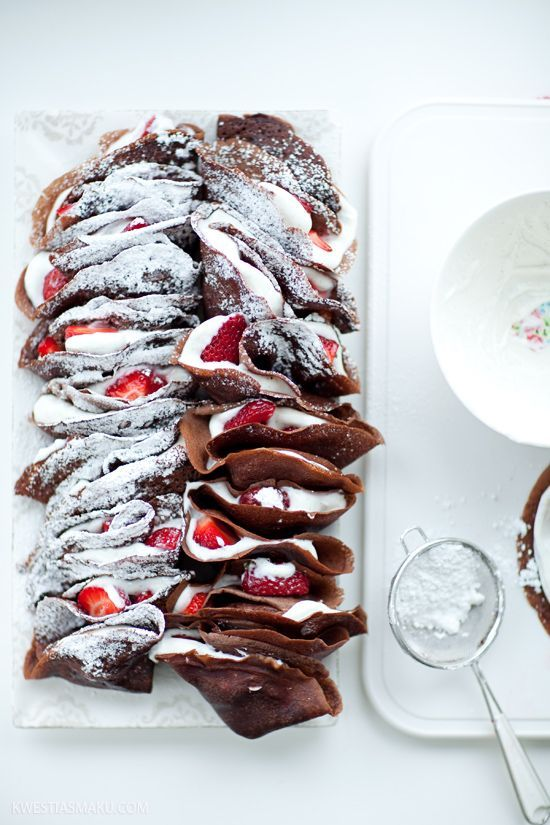Chocolate crepes with strawberries and cream |Recipe Ideas|Delicious ...