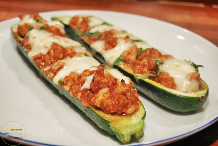 Stuffed zucchini boats with chicken and mozzarella | Recipe