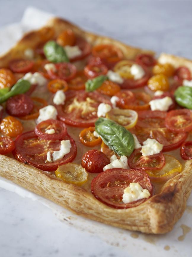Heirloom Tomato & Ricotta Tart | SavOry Tarts ️ | Pinterest