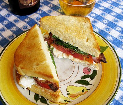 Best BLT ever??? crispy pancetta with burrata and tomato/arugula