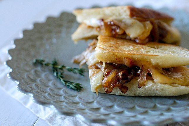 French Onion Grilled Cheese | Food Ideas | Pinterest