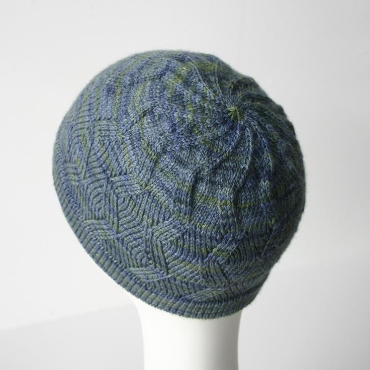 Knit Zig Zag Hat Pattern : Zigzag swirl knit hat pattern your heart out