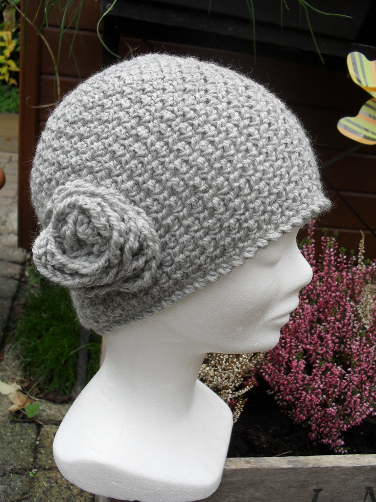 Crochet pattern : ladies hat with flower (free extra ...