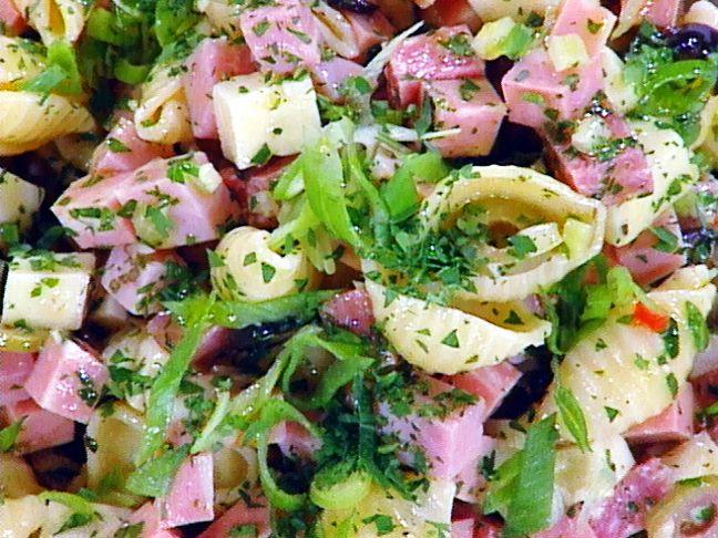 macaroni salad cobb macaroni salad not your mama s macaroni salad ...