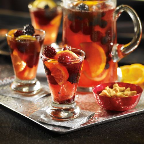 FESTIVE BLOOD ORANGE PUNCH | Bevies & liquor treats & snax | Pinterest