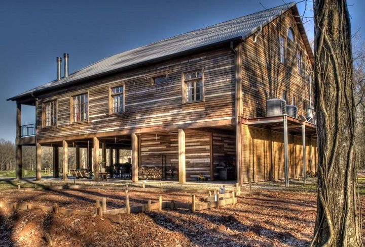 Salvaged wood cabin pole barn house cabin pinterest for Pole barn cabin