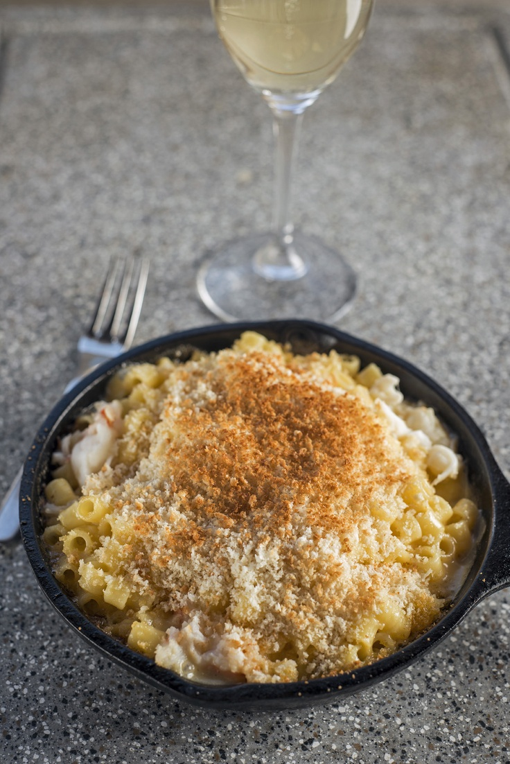 Soby's Lobster Mac & Cheese with White Truffle Parmesan Streusel