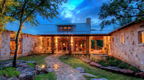 U shaped ranch house dream home pinterest for Ranch style dream homes