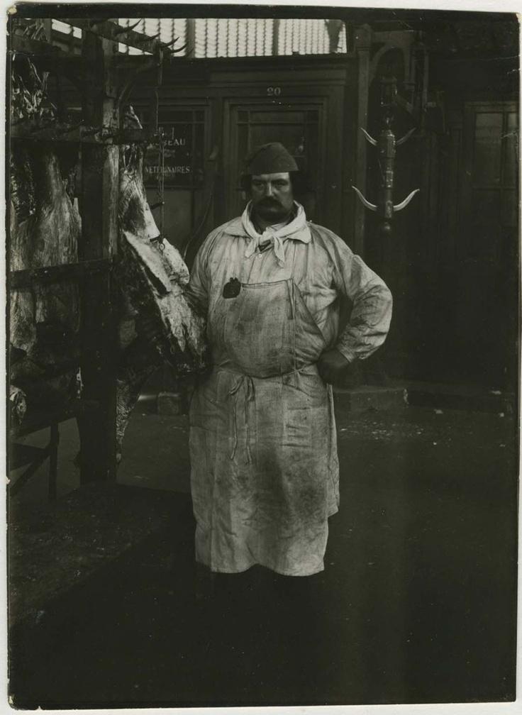 Paul Géniaux : Le Boucher, les Halles, vers 1900