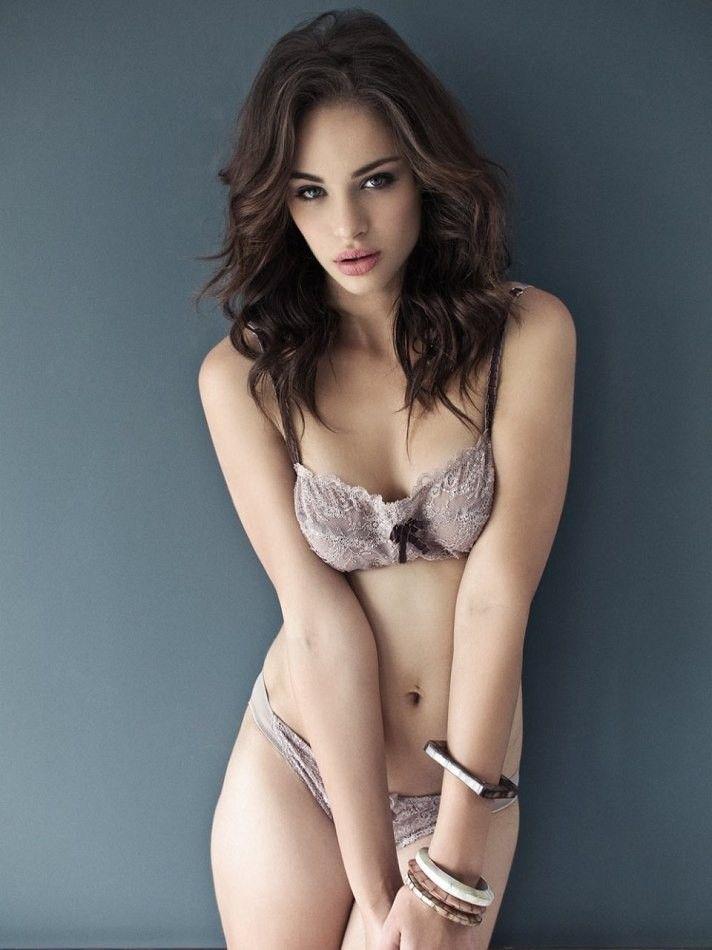 Hot Model Nicole Meyer Nude Pics Gallery