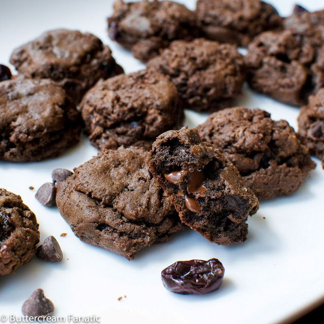 Double Chocolate Cherry Truffle Cookies   Food : Desserted   Pinterest