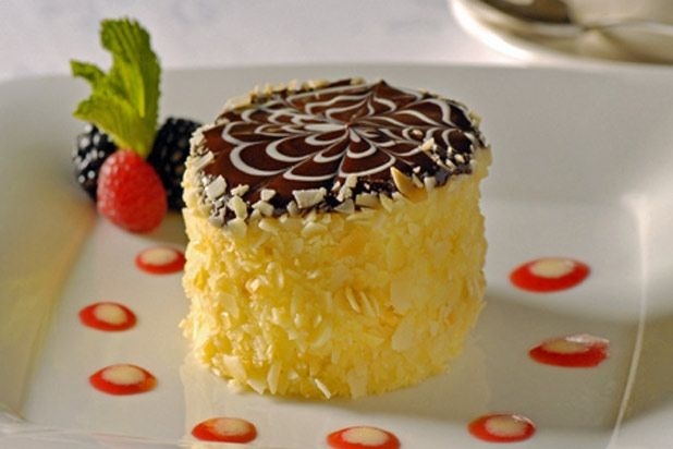 ... boston cream pie thebestdessertrecipes com classic boston cream pie