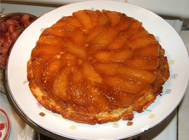Upside-Down Butterscotch Apple Sour Cream Cake... wo