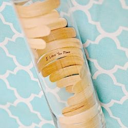 Create this simple vase using popsicle sticks.