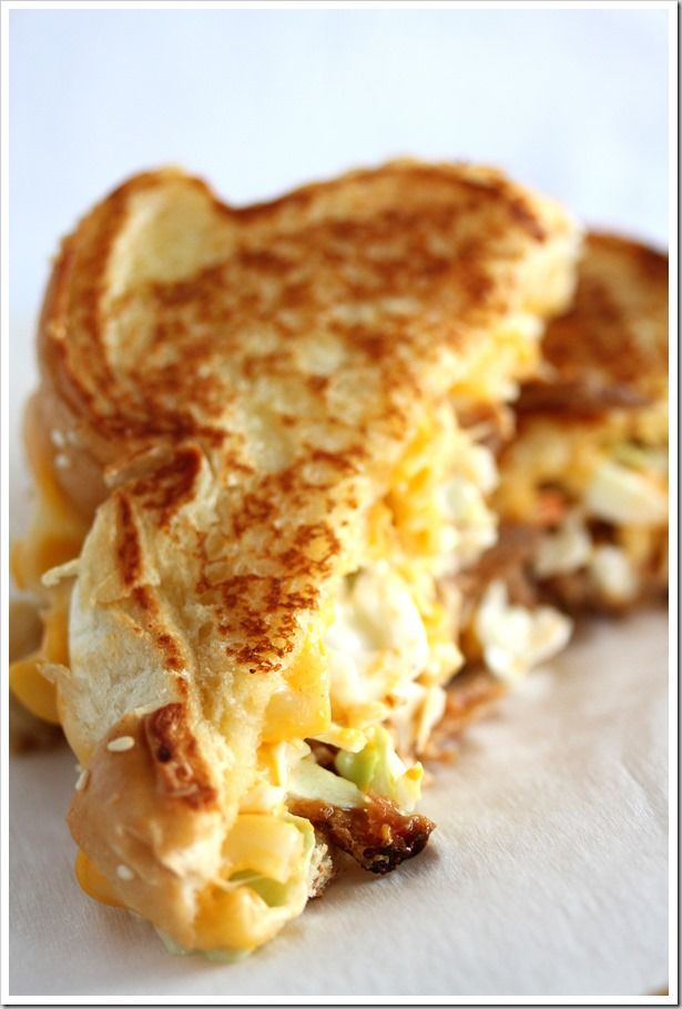 Barbeque Pork & Macaroni Grilled Cheese Sandwiches http://sulia.com/my ...