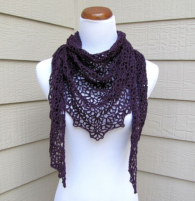 Simple scallops shawl pattern