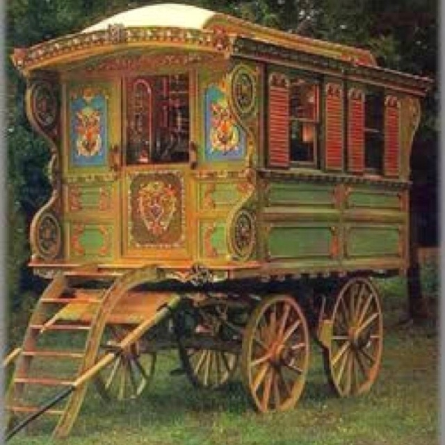 My dream Gypsy Vardo   Gypsy Vardo looks like fun!   Pinterest