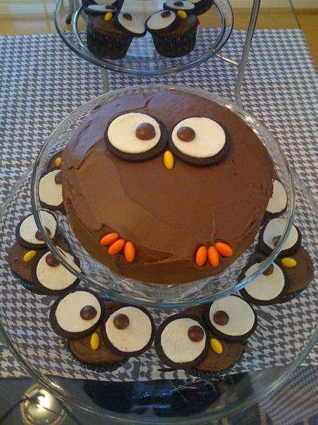 Owl cake & cupcakes, I want an owl birthday cake! Ive seen the ...