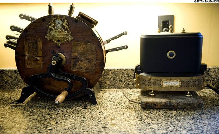 Steampunk kitchen steampunk furniture and designs for Steampunk kitchen accessories