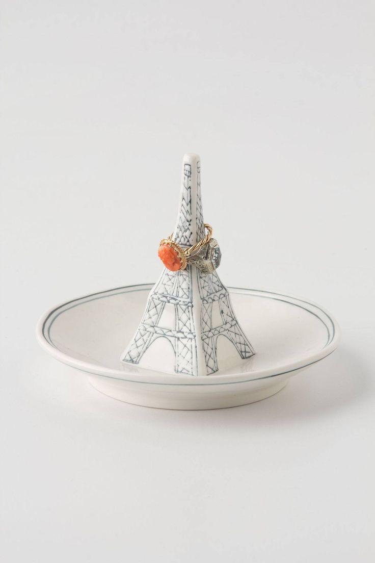 landmark ring dish eiffel tower