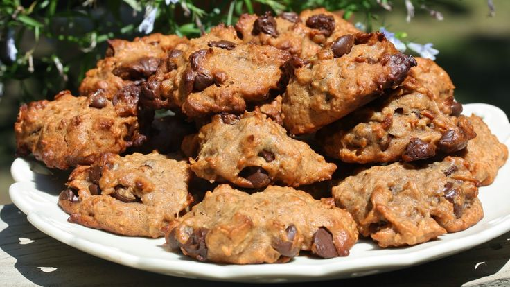 Healthified Oatmeal Peanut Butter Breakfast Cookies #ticklemytastebuds ...