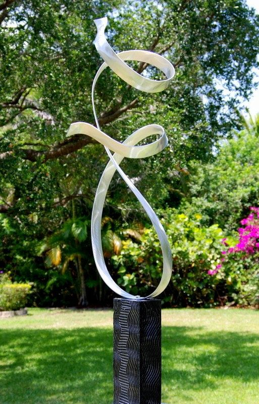 Abstract metal art handmade wavy yard sculpture silver for Garden artist designs