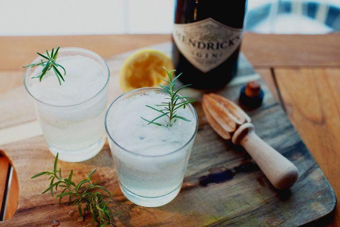 rosemary gin fizz | my work | Pinterest