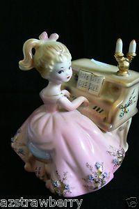 Josef Originals Porcelain figurine Girl Pink dress Piano Sankyo Japan Music Box