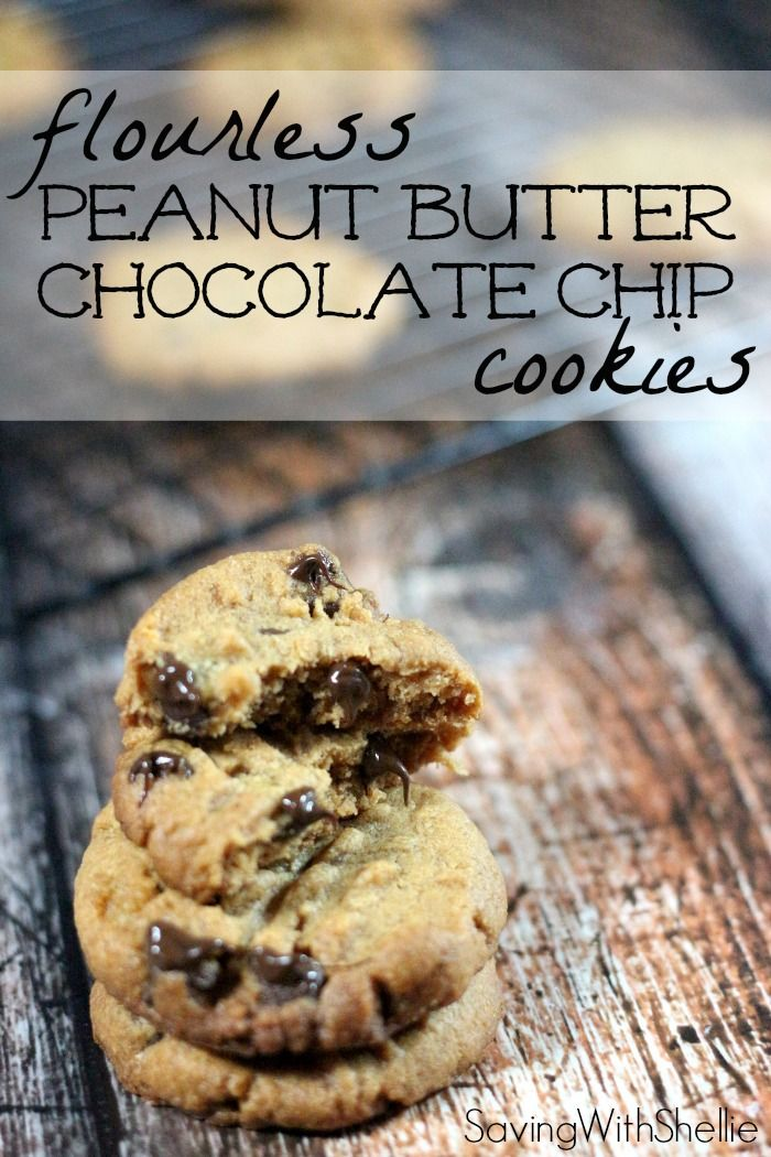 Flourless Peanut Butter Chocolate Chip Cookie recipe. Just 5 ingredients and 10 minutes in the oven. #Yum
