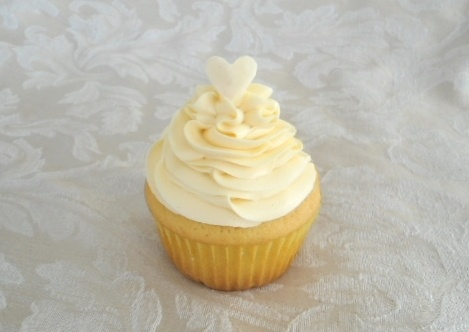 White Chocolate Chunk Macadamia Nut Cookie Dough Cupcake - Vanilla ...