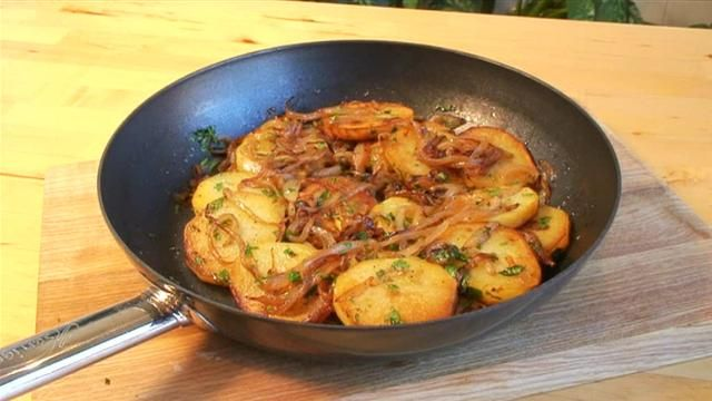 Korean Potato Side Dishes Recipe | Lyonnaise Potatoes recipe. This ...