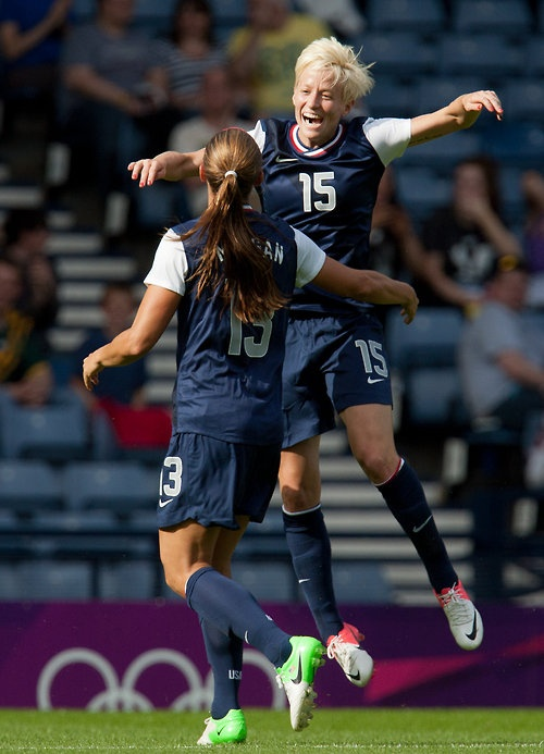 Megan Rapinoe & Alex Morgan celebrate after AM scored her second goal of the match. 4-2 the final over France. — #USWNT fans, follow up @TrapitSports!  #Olympics #London2012 #OlympicSoccer #Soccer