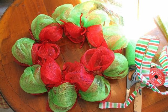 Mesh Wreaths Two Colors