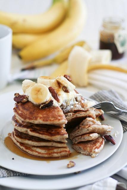 ... ://perfectpancake.futtoo.com/ Banana Buttermilk Pancakes-25 #pancakes