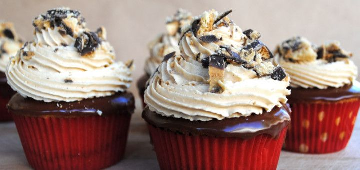 Tagalong Chocolate Peanut Butter Cupcakes - Sinister Sweet Shop
