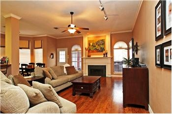 Gorgeous Single Story Home With Custom Touches And Extensive Updating $224,000 North Richland Hills, TX