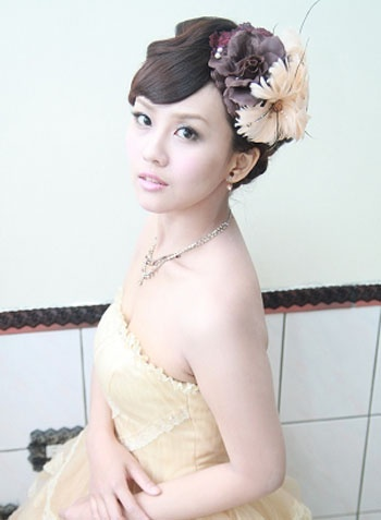 Bridal hairstyle yellow wedding dress 新娘妝髮造型 yeah