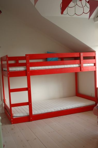 Ikea mydal bunk bed ikea mydal bunk bed modified to sit lower to the