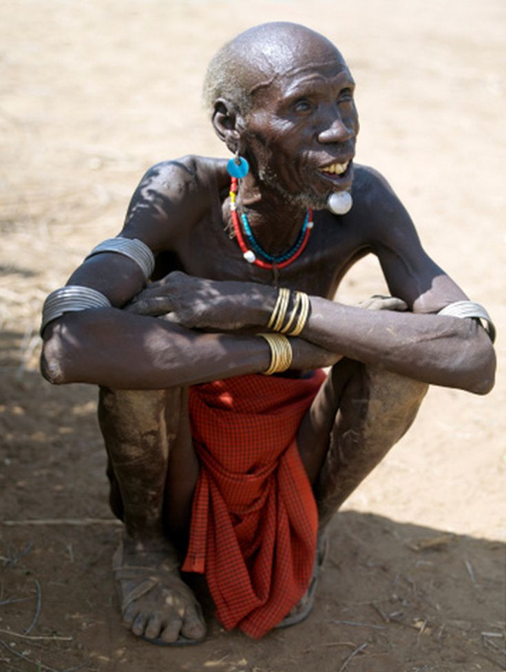 Africa | An old Kwegu man with a lip ornament made of aluminium.  Omo Valley, southwest Ethiopia | ©Nigel Pavitt