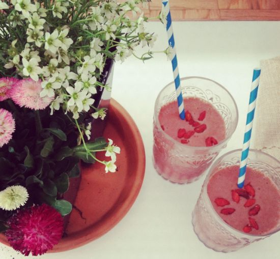 Fling Smoothie Recipe 1 cup organic frozen strawberries 1 cup coconut ...